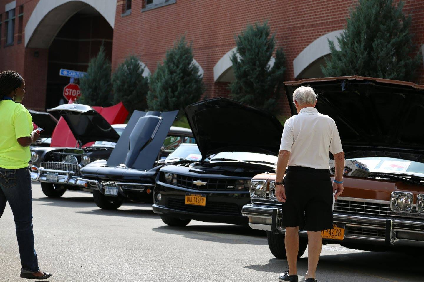 Congratulations to the men who took charge of their prostate health at the 2015 Cruisin' for a Cure.  Special thanks to everyone who made the event possible and to all who brought their classic cars!