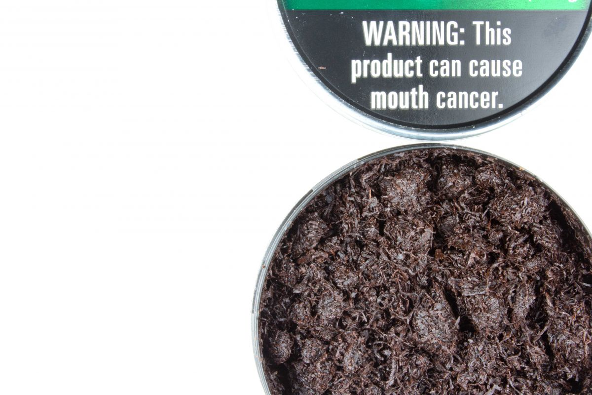 What are the First Signs of Mouth Cancer From Chewing Tobacco