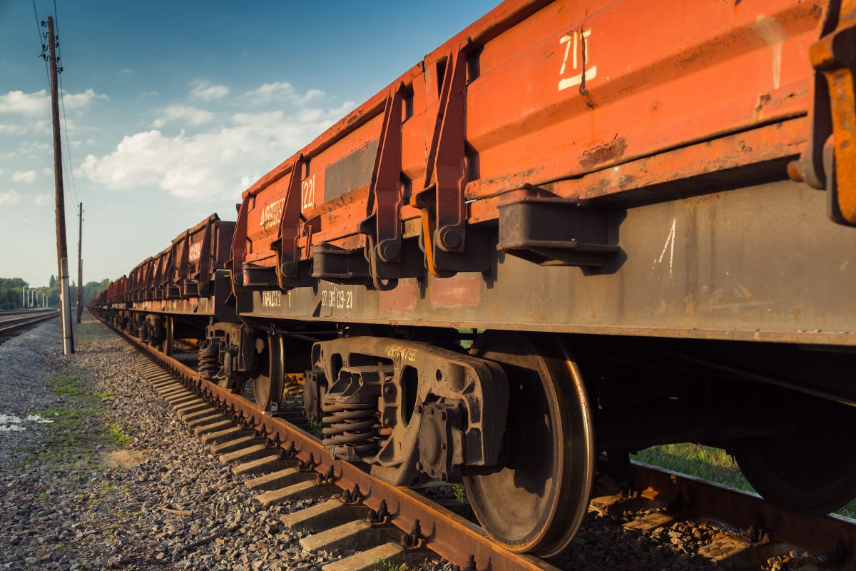 For Railroad Workers, Cancer Risk Is All Around | Roswell