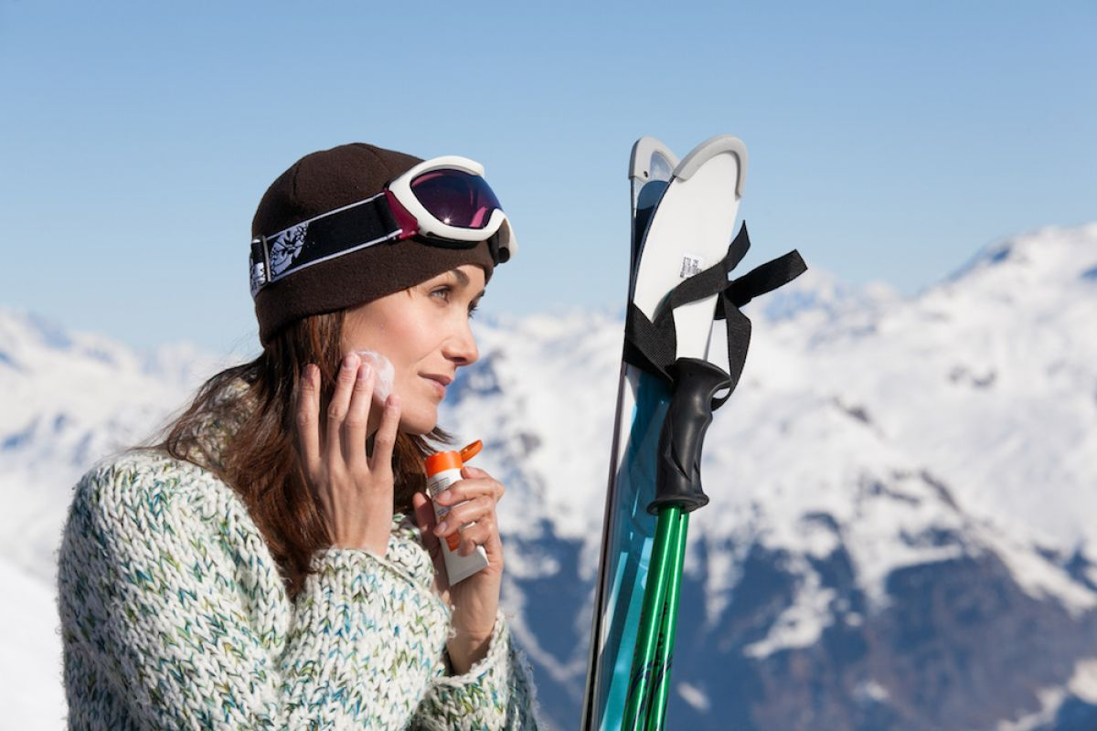 Do You Need to Wear Sunscreen While Skiing or Snowboarding ... a94408d46